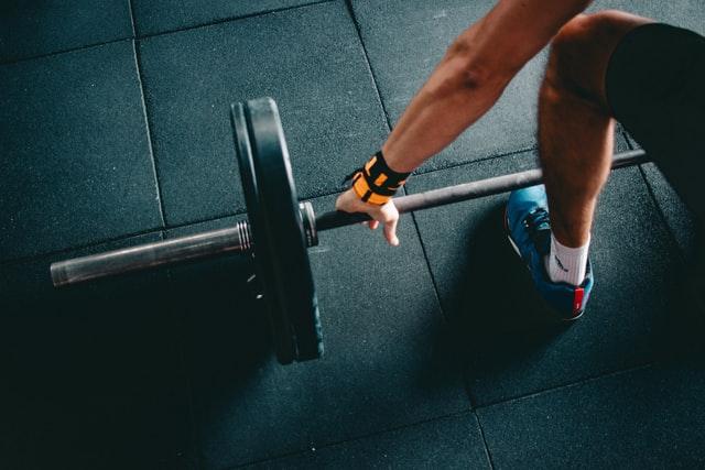 Opbyg muskelmasse med håndvægte